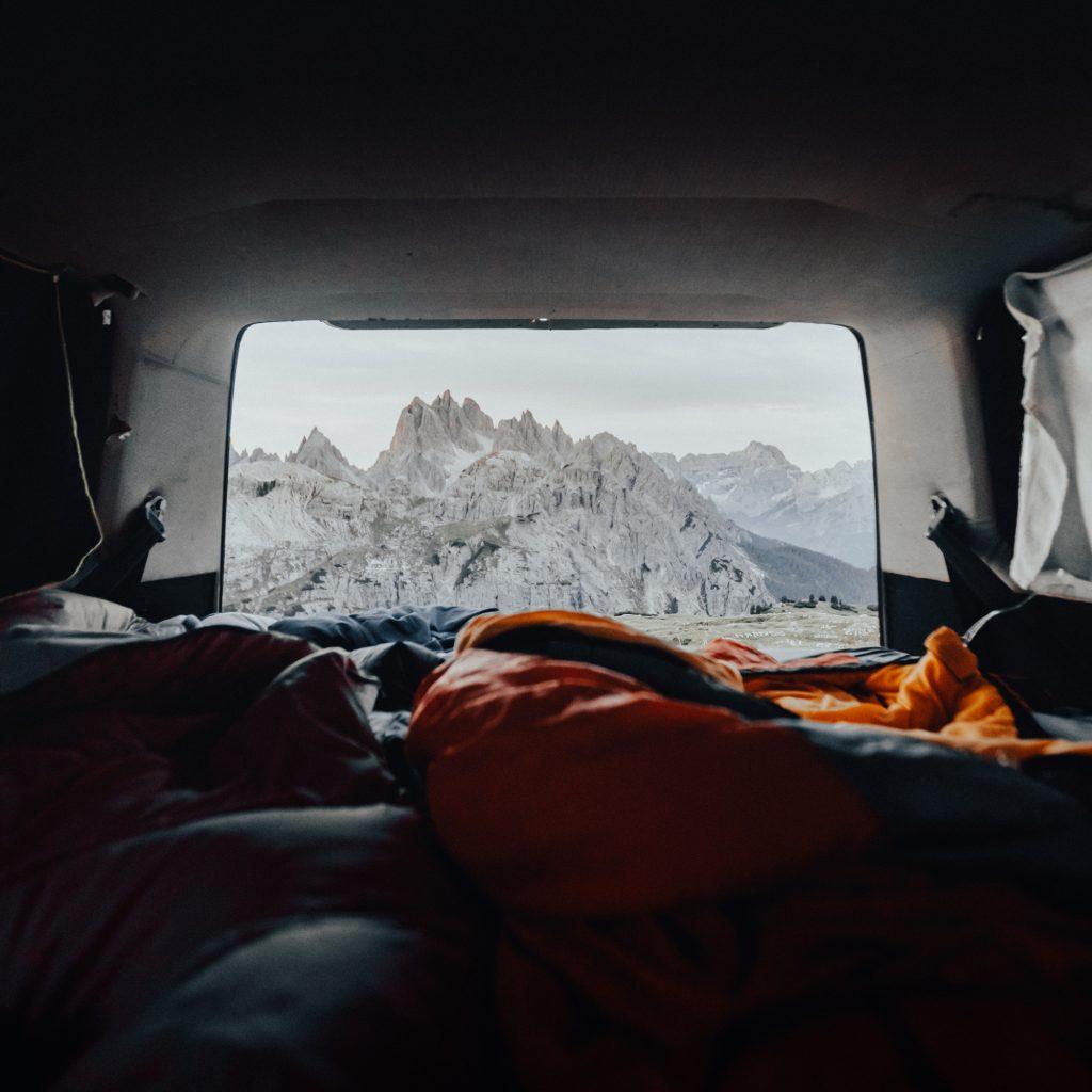 reiseziele herbst dolomiten aussicht camper