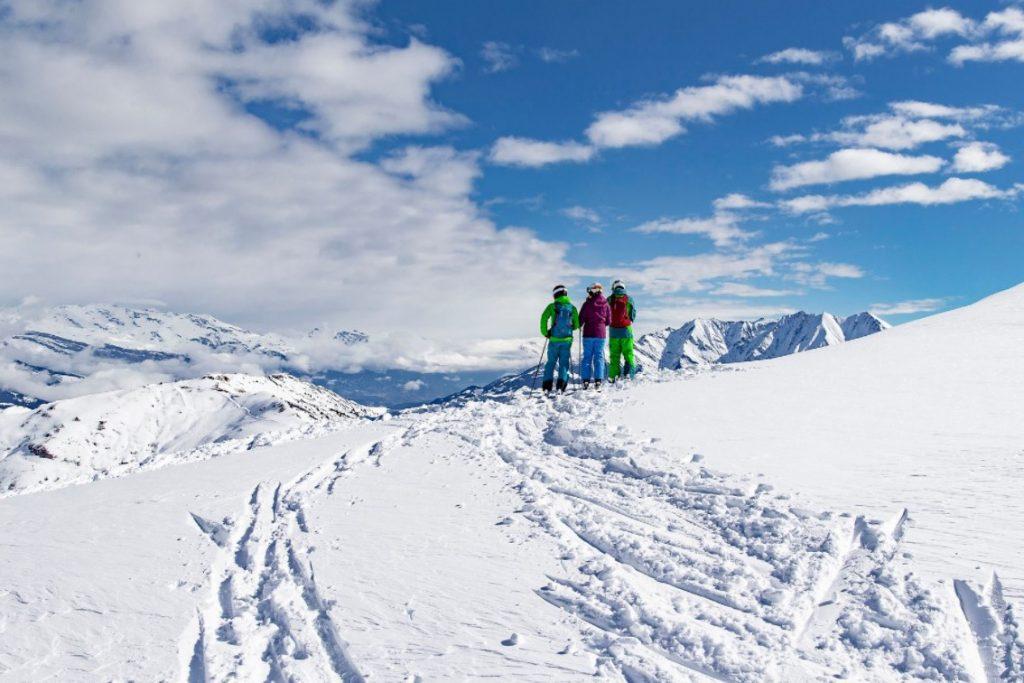 wintercamping-skigebiet-obersaxen