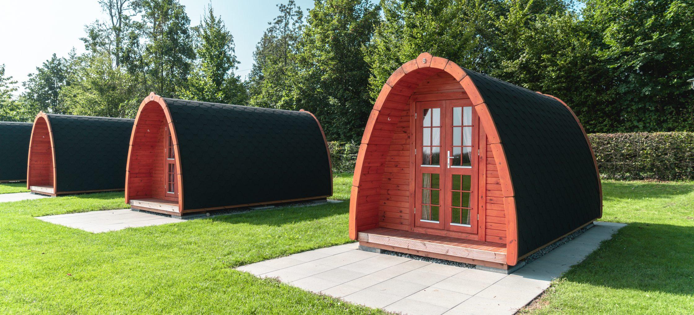Drei Pods nebeneinander auf dem Camping Buchhorn am Bodensee