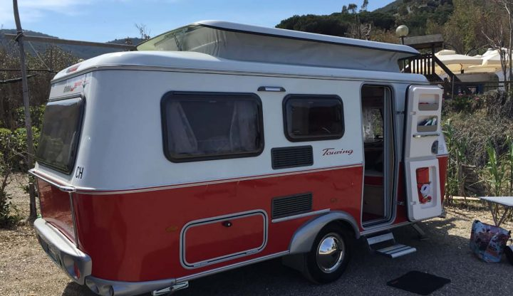 mycamper wohnwagen caravan touring rot troll tockabilly