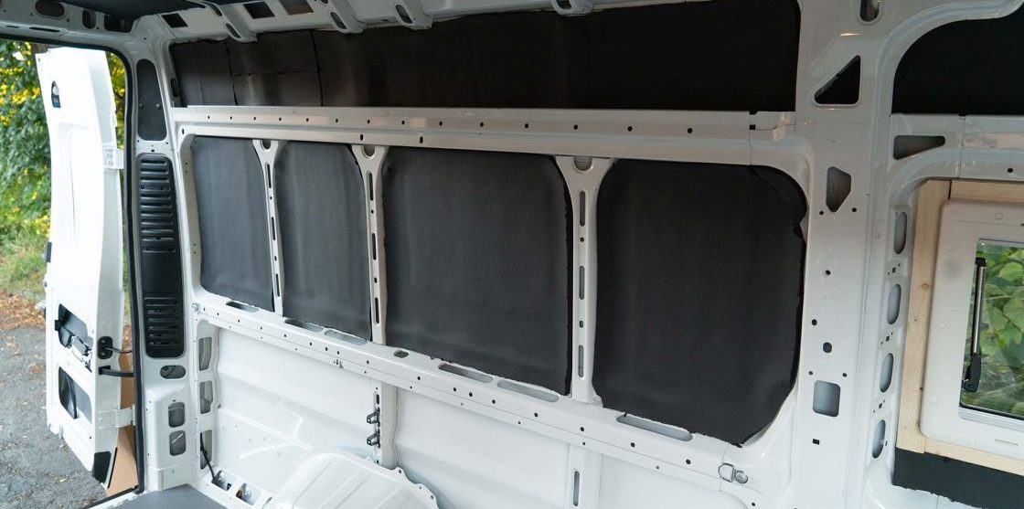 pimp my camper bus putzen umbau armaflex isolation matte e1582799393809