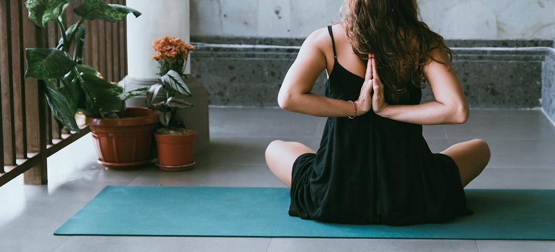 corona yoga was machen zuhause sport workout