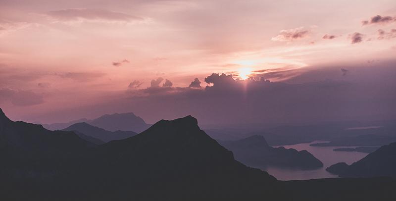 coucher du soleil lac des quatre cantons