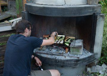 guide neuenburgerse camping val de traverse grillstelle