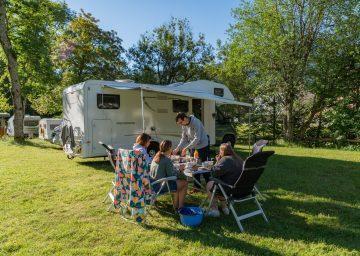 guide neuenburgerse camping val de traverse parzelle