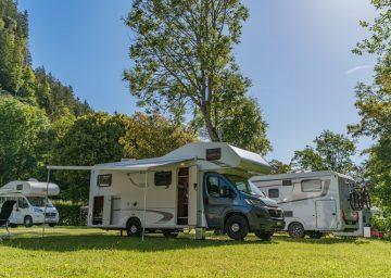 guide neuenburgerse camping val de traverse stellplatz