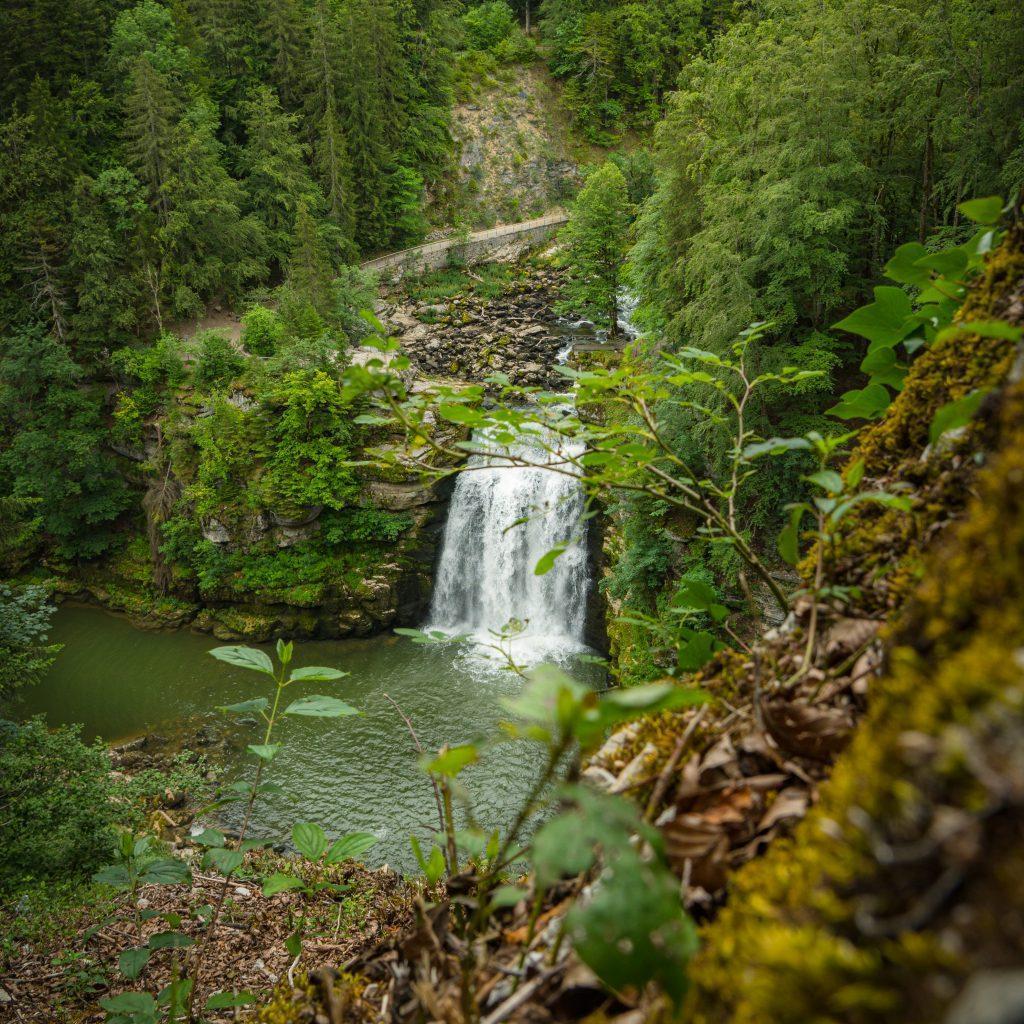 Wasserfall Doubs - Wandern Jura