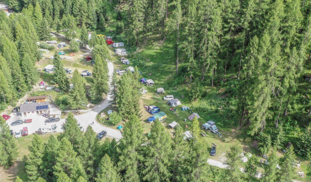 camping-pe-da-munt