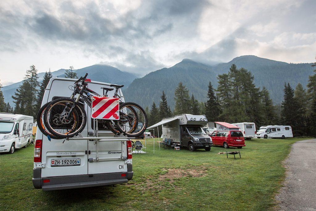 campingplatz-engadin-camping-chapella-stellplatz