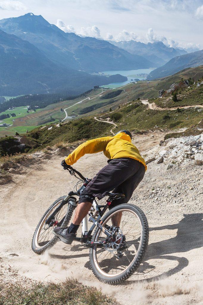 camping-engadin-corviglia-flowtrails-mountainbike