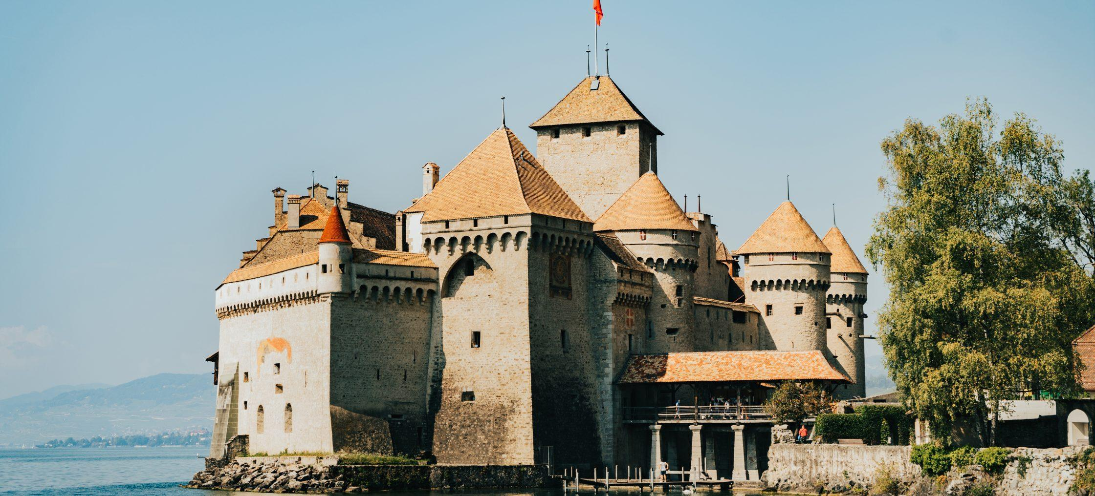 schloss chillon montreux scaled