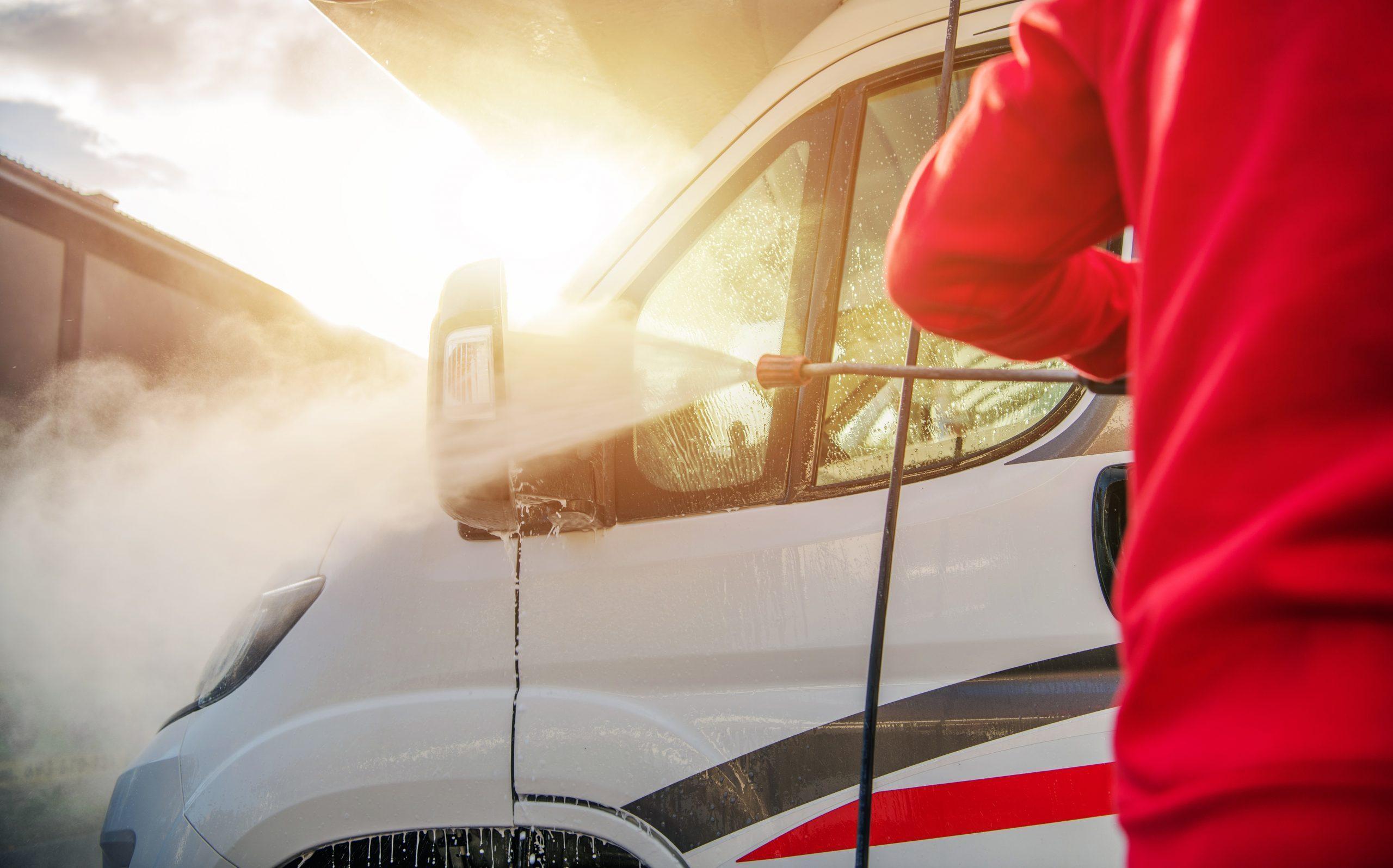 Dein Campingfahrzeug richtig einwintern – Tipps für die Winterpause