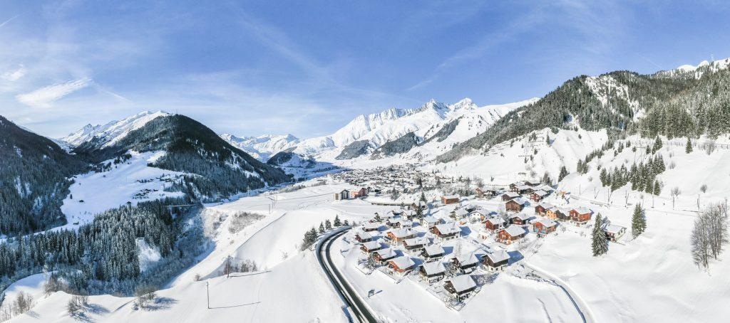 Wintercamping, Winterlandschaft Sedrun