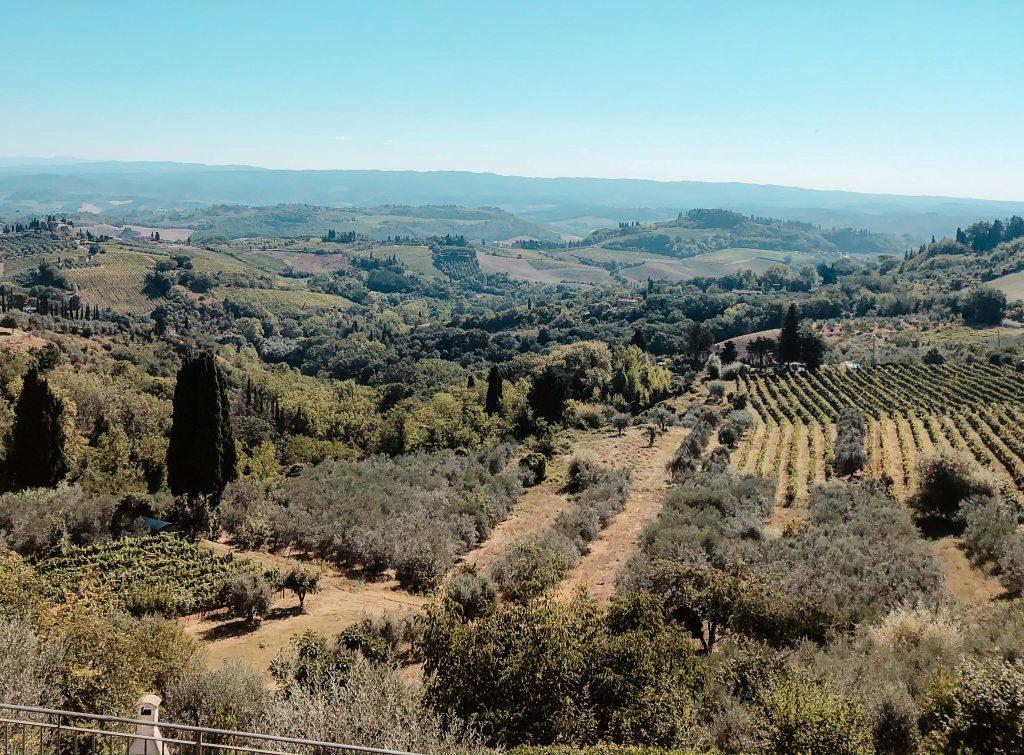 Camping Toskana, grüne Landschaft