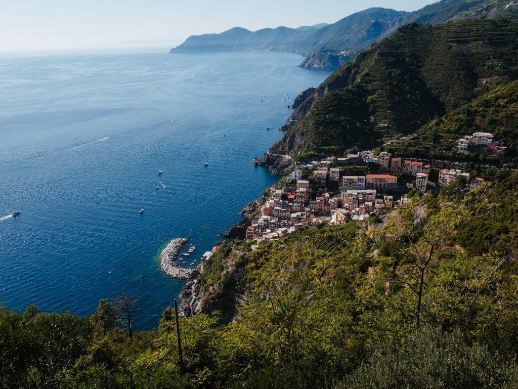 Rundreise Toskana, Blick über Cinque Terre und Meer