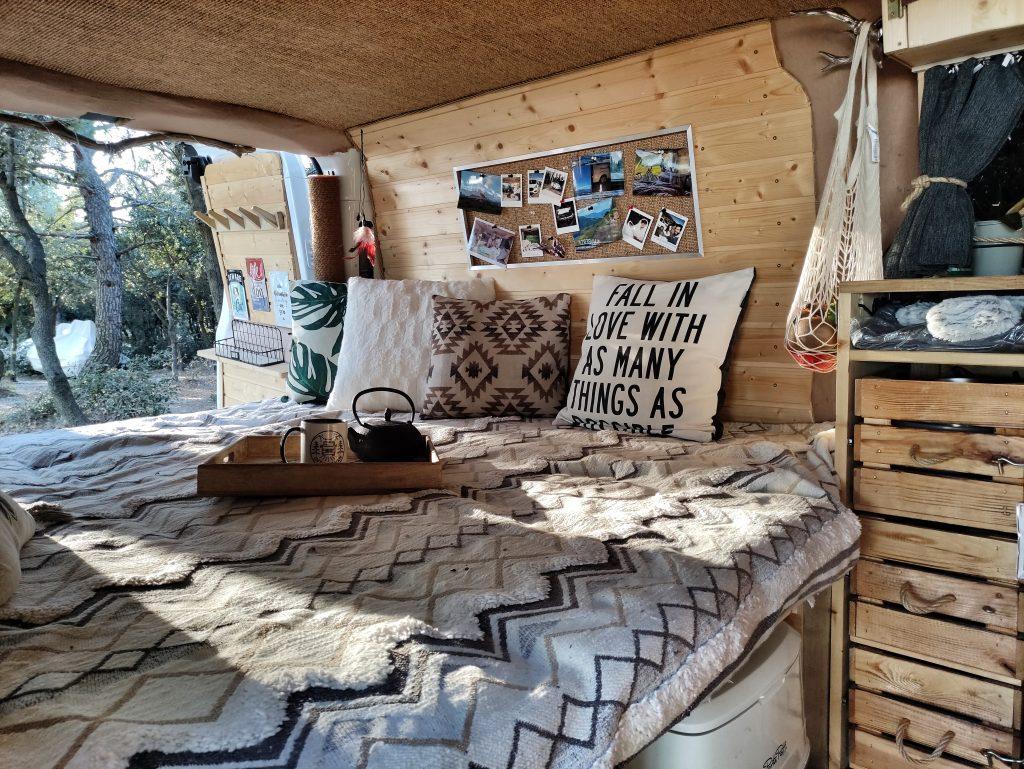 camper ausbau schweiz into the van